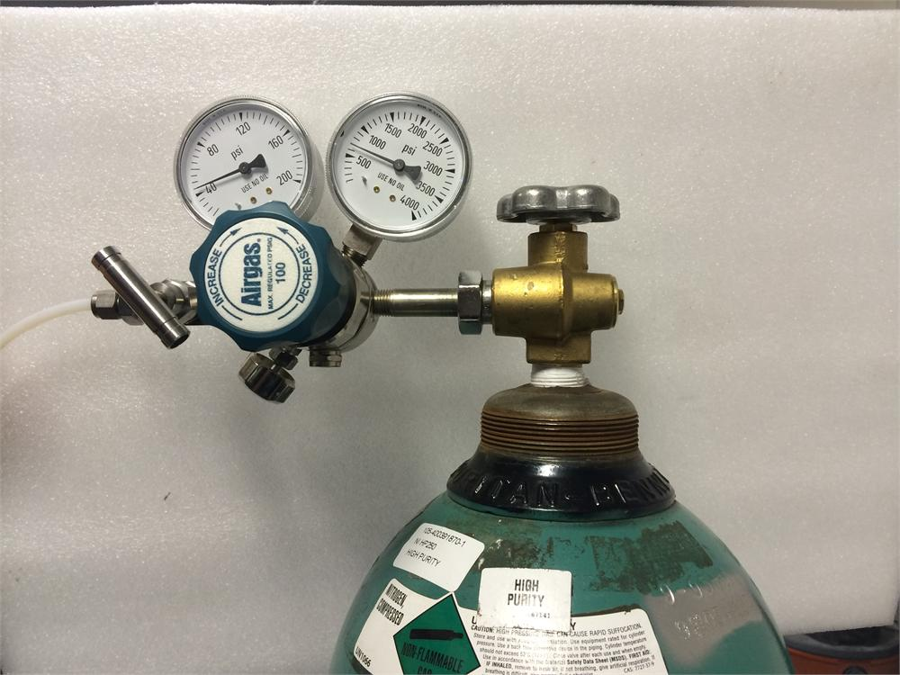 Two Stage Brass 0 100 Psi Analytical Cylinder Regulator