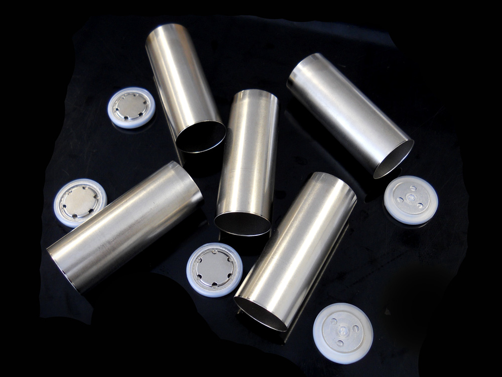21700 Cylinder Cell Case With Anti Explosive Cap And