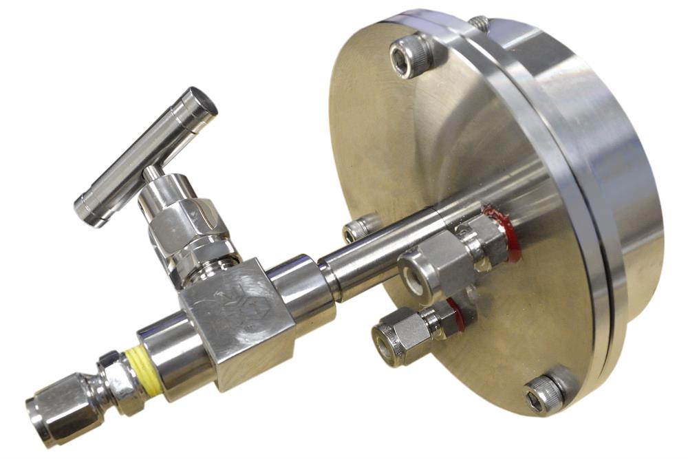 Vacuum Flange With Two Feedthoughs for 80 mm Tube - EQ